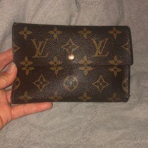 Louis Vuitton wallet tresor monogram trifold